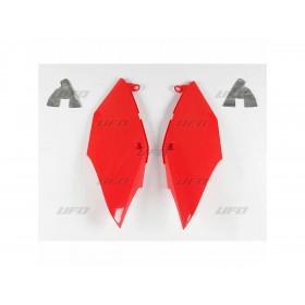 Plaques latérales UFO rouge Honda CRF25R/450R/RX