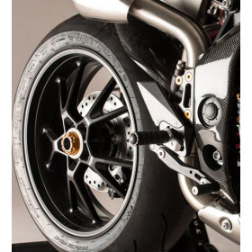 Garde boue arrière LIGHTECH carbone brillant Triumph Speed Triple 1050